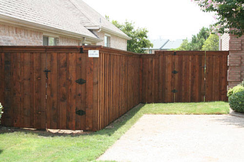 Custom Wood Fences Bluebonnent Fences